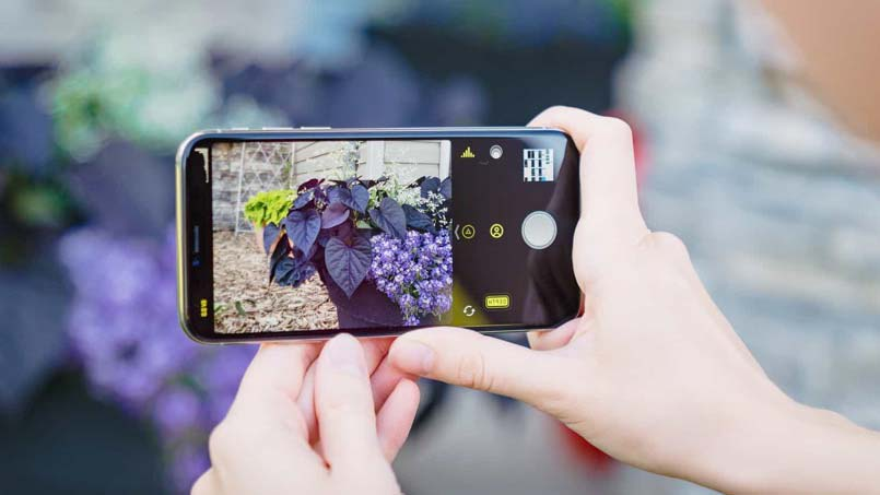 enable smart HDR on iPhone XR